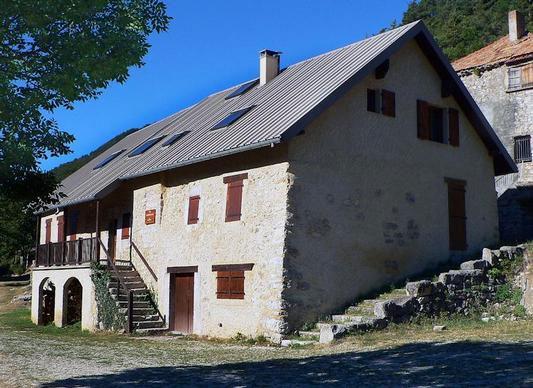 G te d 39 agnielles gite de groupe hautes alpes 15 couchages - Office du tourisme la salle les alpes ...