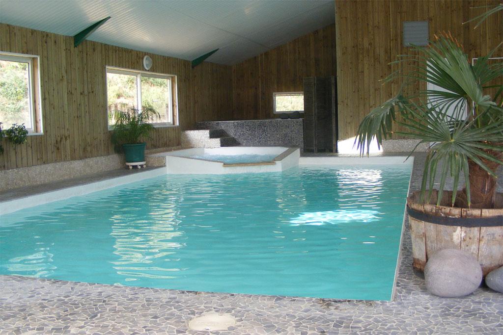 Les g tes de ch tillon gite de groupe dr me 60 couchages for Gite de groupe avec piscine couverte