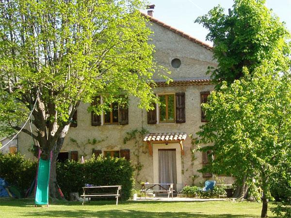 Gite du cougnas gite de groupe alpes de haute provence - Gites salon de provence ...