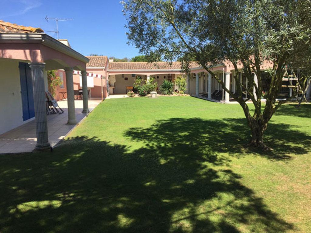 Villa mariam gite de groupe charente maritime 20 couchages for Villa charente maritime avec piscine