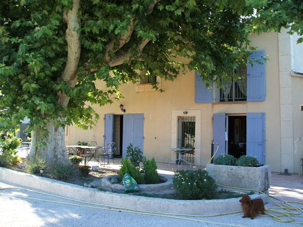 Le clos fleury gite de groupe vaucluse 18 couchages - Accrobranche salon de provence ...