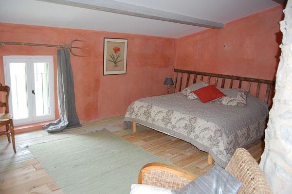 Le jas de p guier gite de groupe alpes de haute provence 22 couchages - Accrobranche salon de provence ...