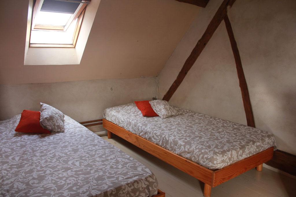 le moulin vent gite de groupe loiret 42 couchages. Black Bedroom Furniture Sets. Home Design Ideas